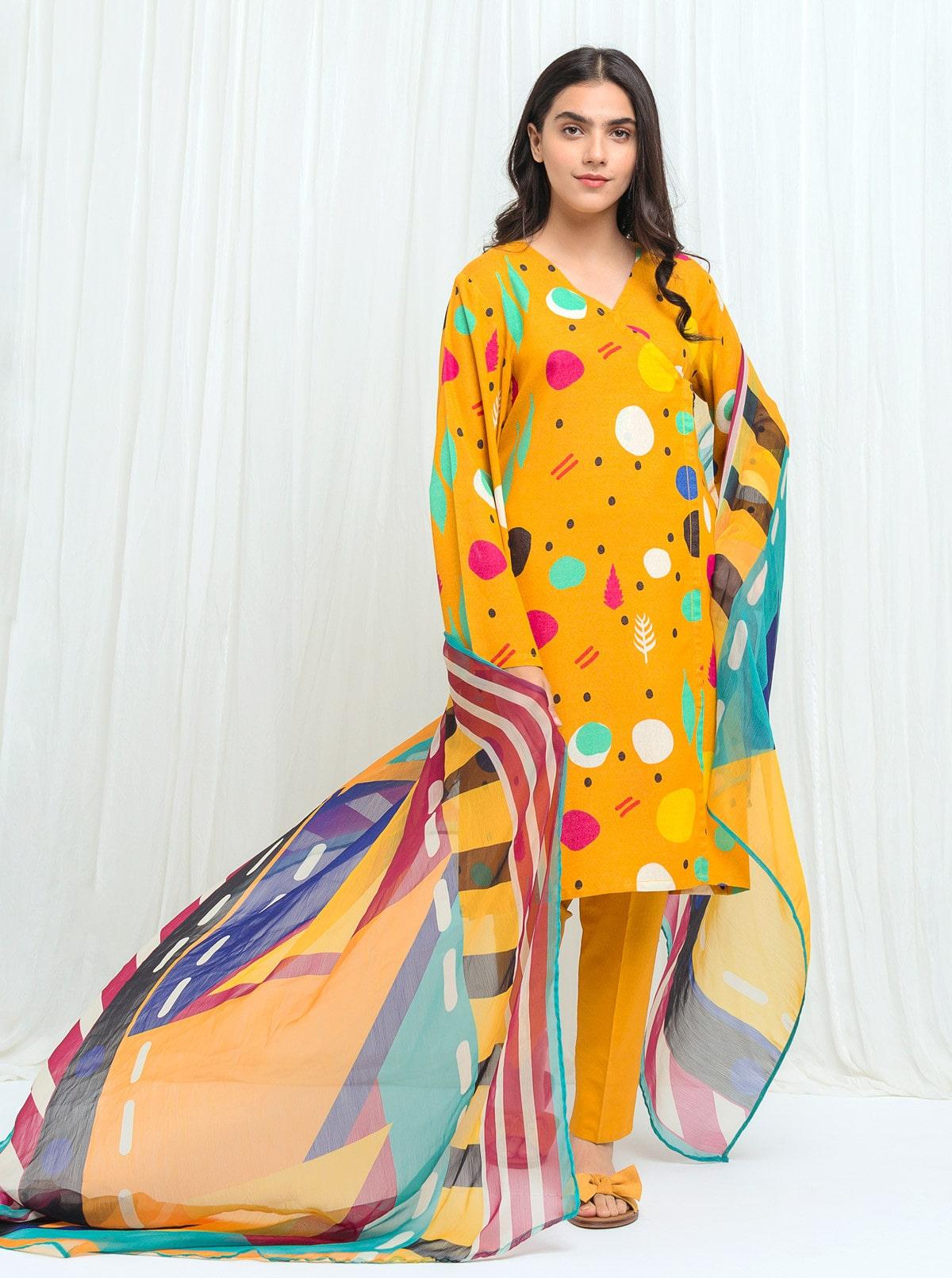beechtree-shawl-line-karandi-volume2-winter-collection
