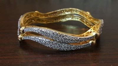 15022010630_Golden_and_silver_bangles.jpg