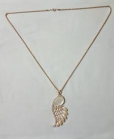 15022011990_golden_pendant.jpg