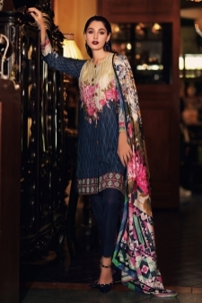 15112813990_Nourhan_Khaddar_Collection_2017-D-15.jpg