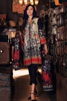15112829880_Nourhan_Khaddar_Collection_2017-D-4.jpg
