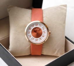 15332080000_s-007,_Fashion_Wrist_Watch_For_Women_Analog_Orange.JPG