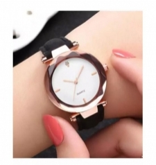 15509136150_Exquisite_Leather_Straps_Ladies_Wrist_Watch.jpg