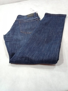 15523807180_Easy_Wear_Denim_Blue_Jeans_Export_Quality_Straight_Fit.jpg