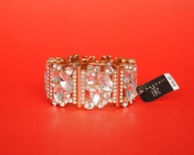15588696300_499_premium_quality_jeweled_clutch.JPG
