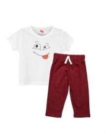 15933345920_AllureP_T-shirt_White_Smiley_Maroon_Trousers.jpg