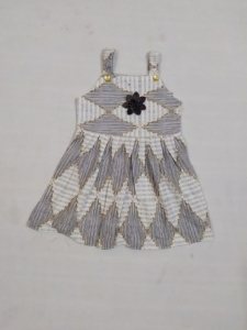 15946474060_Baby-Girl-Grey-White-Pateern-Frock-With-Flower-e1589542564648-2-555x740.jpeg