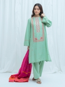 16250586060_beechtree-embroidered-summer-sale-lawn-74.jpg