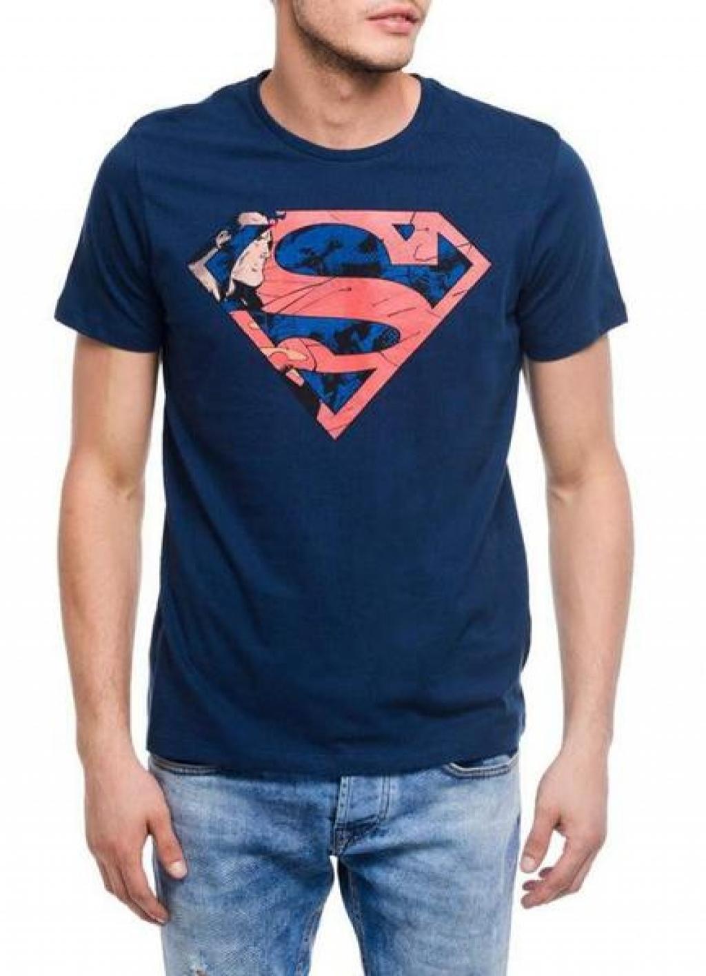 14993320530_Affordable_Superman_Fading_Soldier_Blue_Half_Sleeve_Men_T-Shirt.jpg