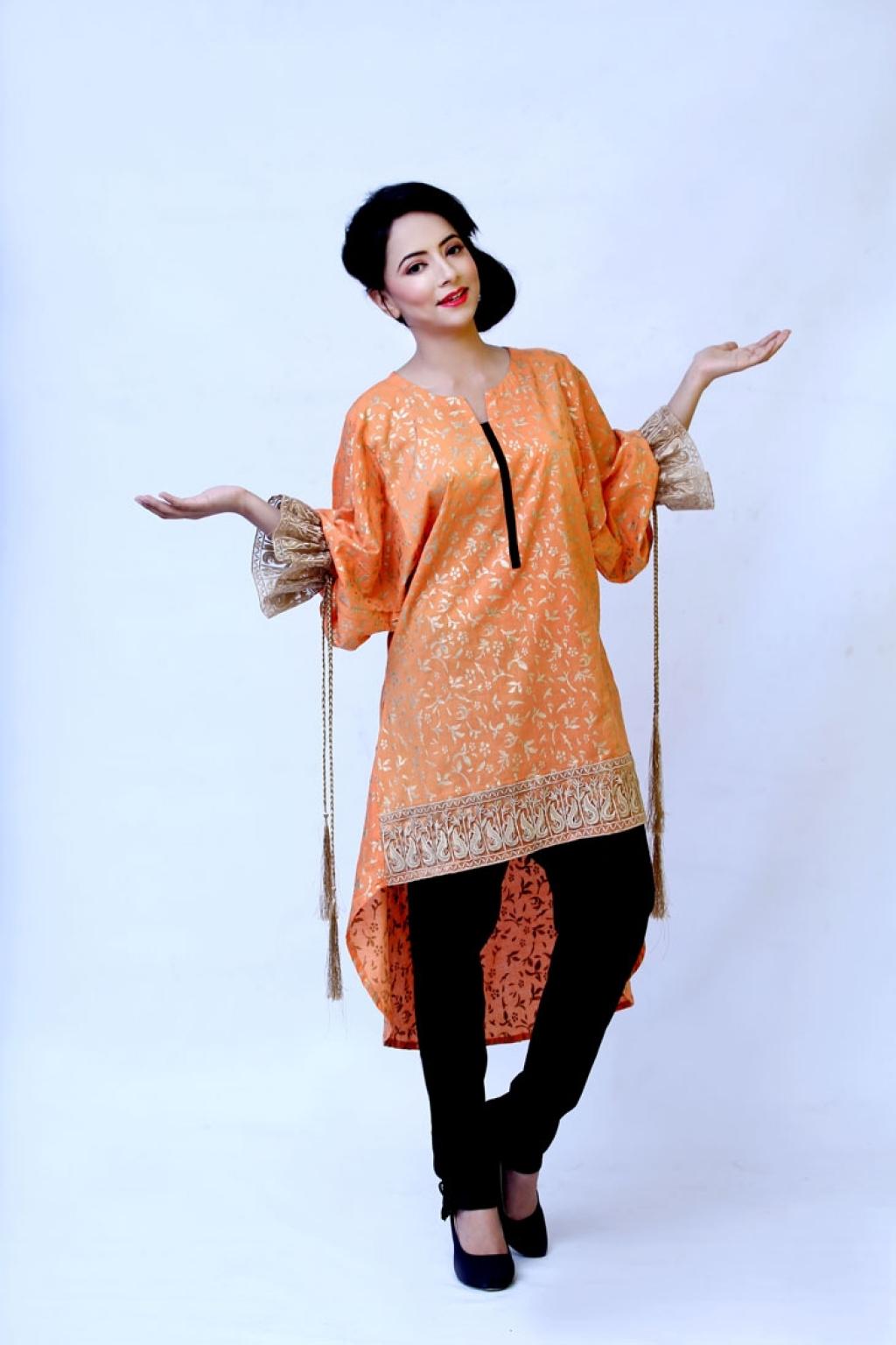 15008972520_Affordable_orange_Kurta.jpg