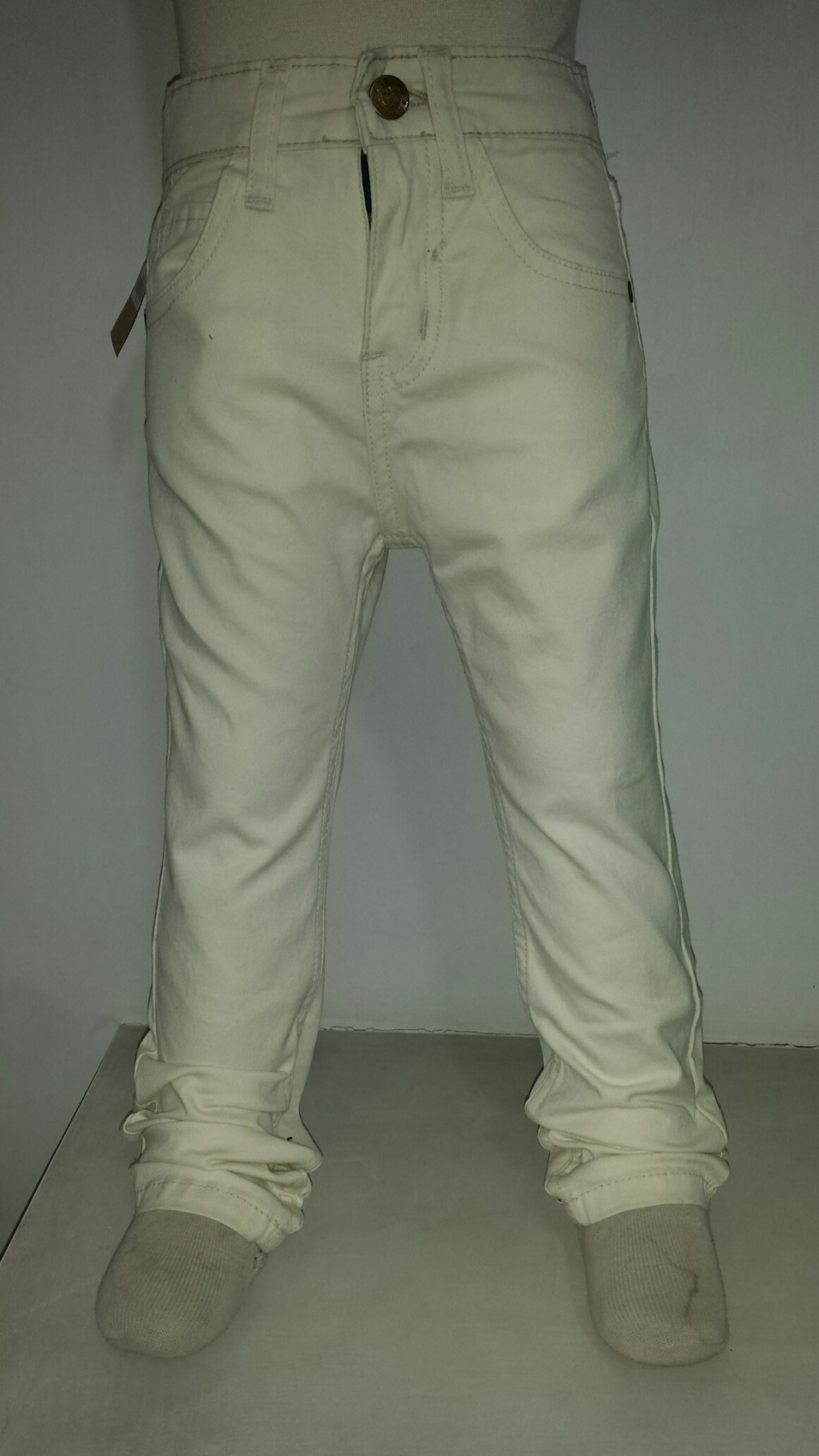 15918975800_Off_White-Front(05-OWT).jpg