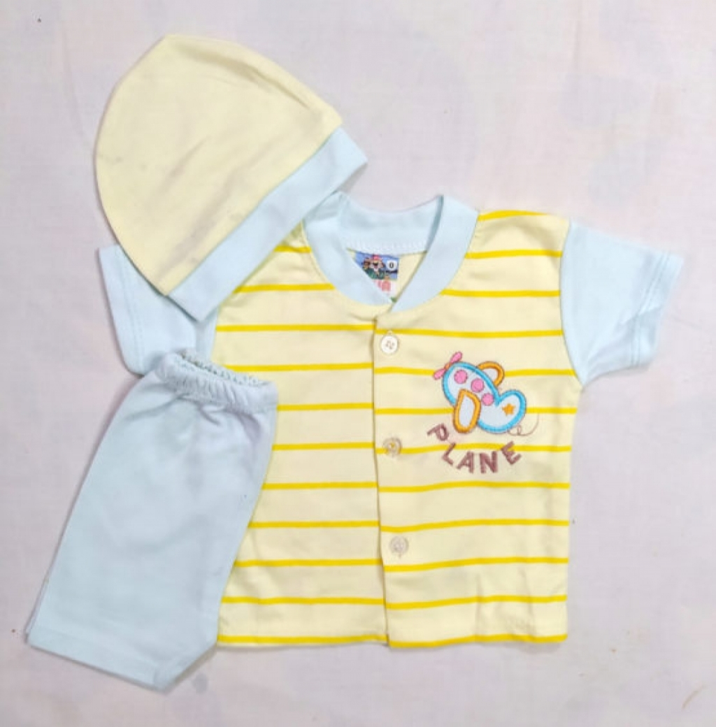15954296550_q-2-s-0-200-PLANE-Yellow-New-Boarn-Baby-Suit-scaled-1-555x564.jpg