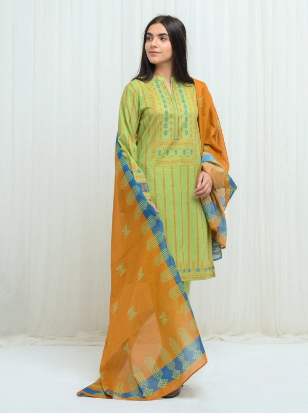 16220331930_beechtree-embroidered-lawn-12.jpg