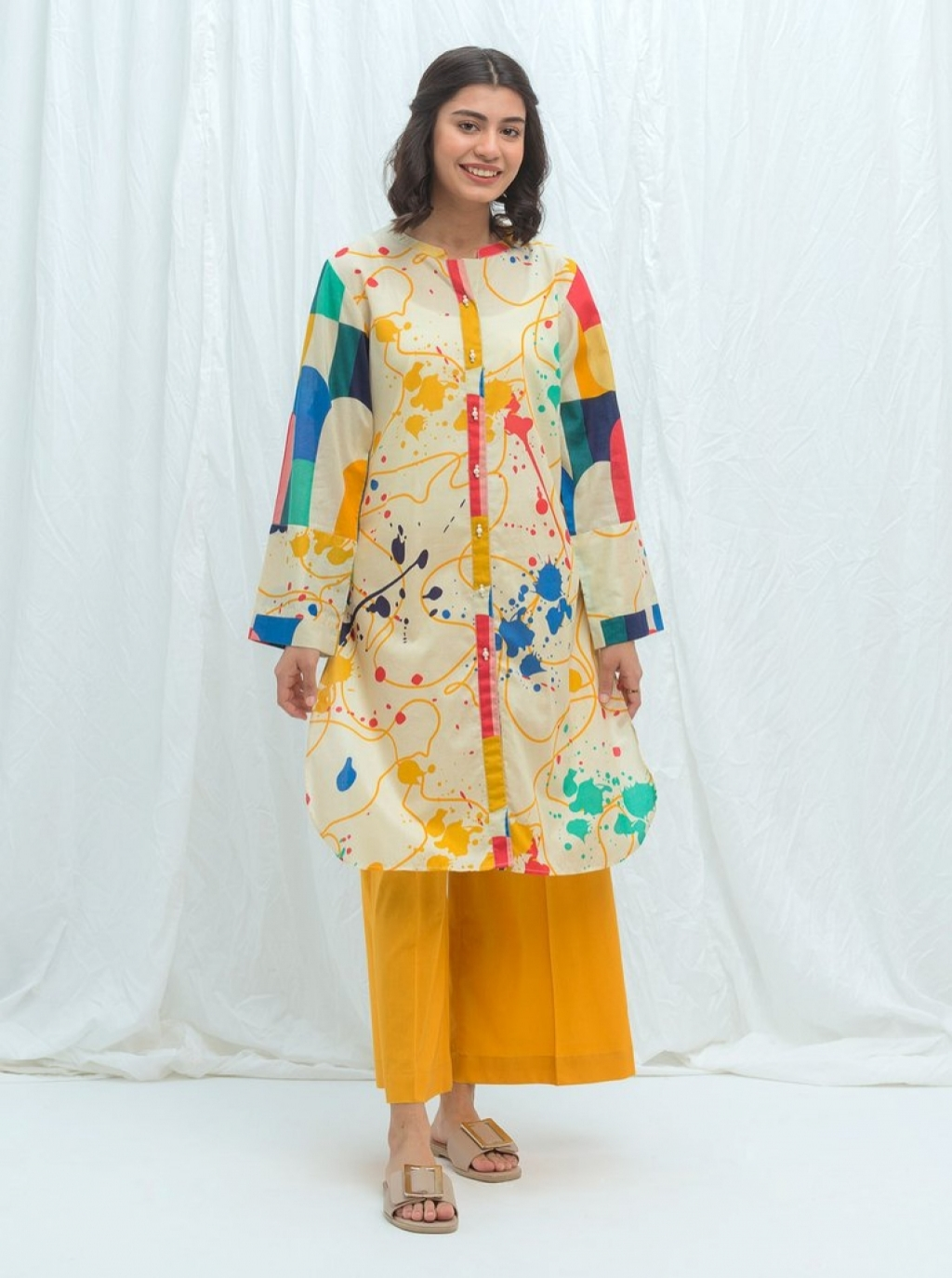 16250627370_beechtree-embroidered-summer-sale-lawn-95.jpg